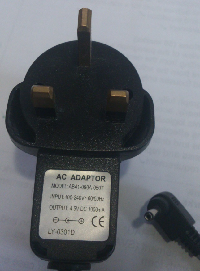 AB41-090A-050T AC ADAPTER 4.5VDC 1000mA USED -(+)- 1.2x3.5x9.6mm