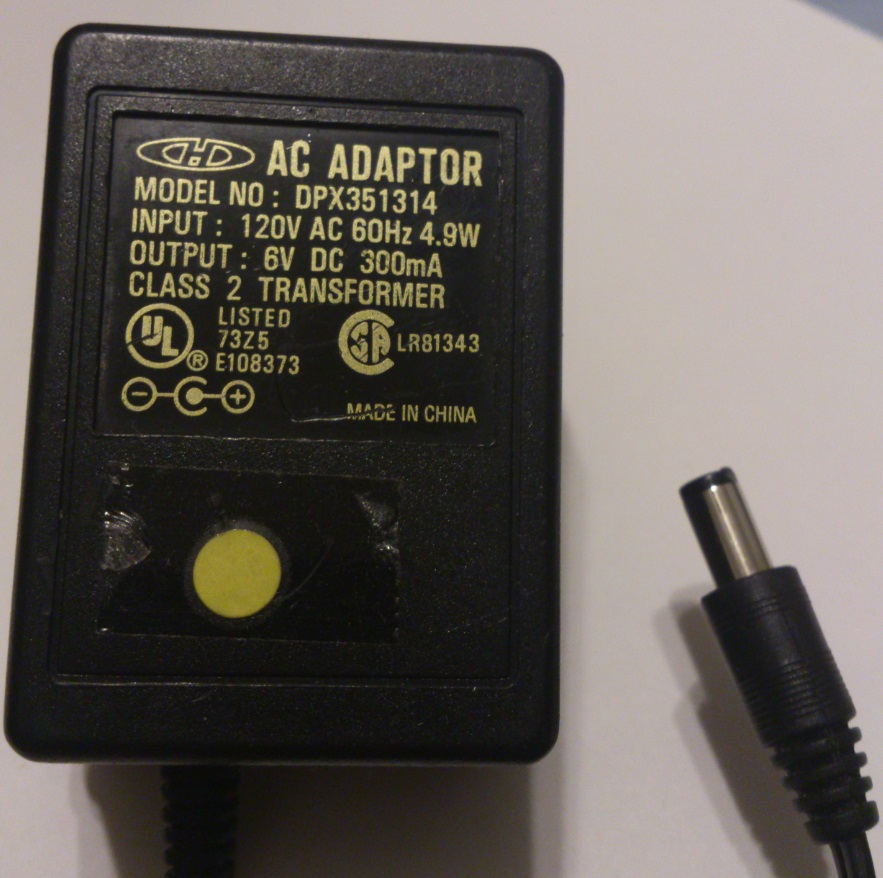 CHD DPX351314 AC ADAPTER 6VDC 300mA USED 2.5x5.5x10mm -(+)
