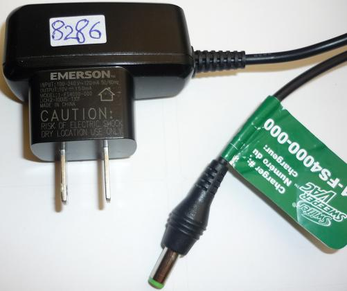 EMERSON 1-FS4000-000 AC ADAPTER 10VDC 150mA USED -(+) 2.1x5.5mm