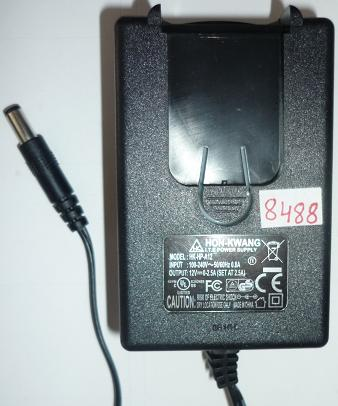 HON-KWANG HK-HP-A12 AC ADAPTER 12VDC 0-2.5A USED -(+) 2x5.5mm RO