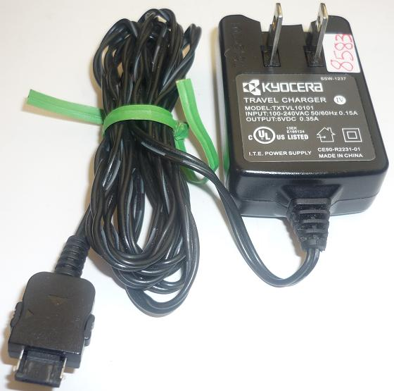 KYOCERA TXTVL10101 AC ADAPTER 5VDC 0.35A USED TRAVEL CHARGER ITE