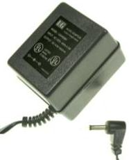 LG LG045060 AC ADAPTER 4.5VDC 600mA USED 1.3 x 3.5 x 10mm