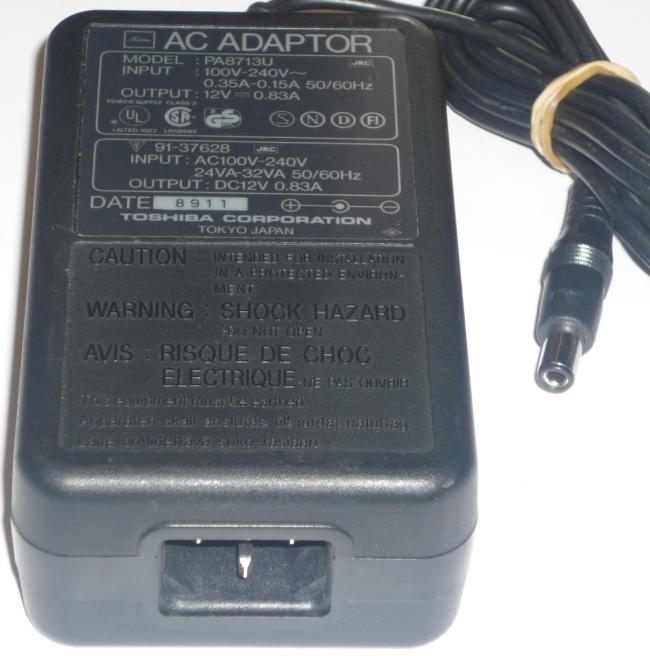 TOSHIBA PA8713U AC ADAPTER 12VDC 0.83A POWER SUPPLY
